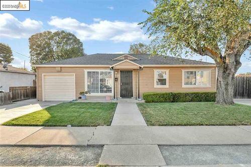 Photo of 1802 Evergreen Ave, Antioch, CA 94509 (MLS # 40927138)