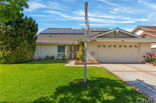 Photo of 1517 W Carriage Drive, Santa Ana, CA 92704 (MLS # PW20083138)