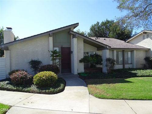 Photo of 704 Holly Avenue, Oxnard, CA 93036 (MLS # V1-4139)