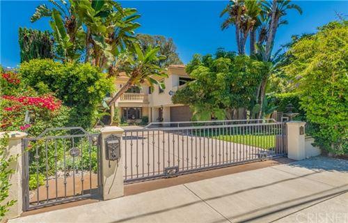 Photo of 15237 Sutton Street, Sherman Oaks, CA 91403 (MLS # SR20151140)