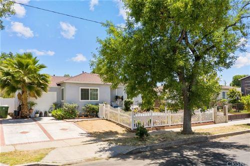 Photo of 8134 Burnet Avenue, Panorama City, CA 91402 (MLS # SR21120140)