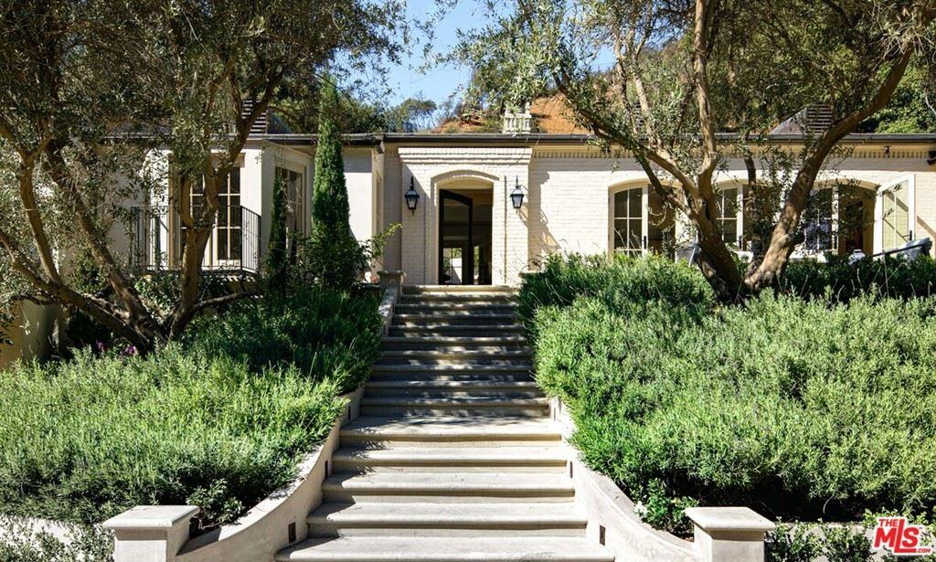 Photo of 9161 Hazen Drive, Beverly Hills, CA 90210 (MLS # 21794140)