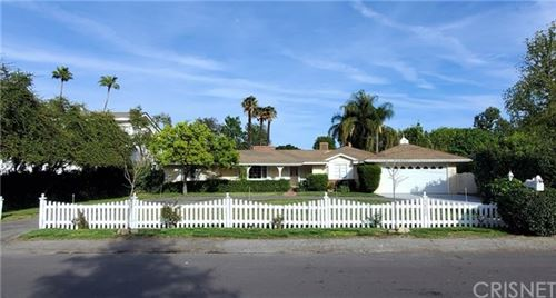 Photo of 5822 Lubao Avenue, Woodland Hills, CA 91367 (MLS # SR20058141)