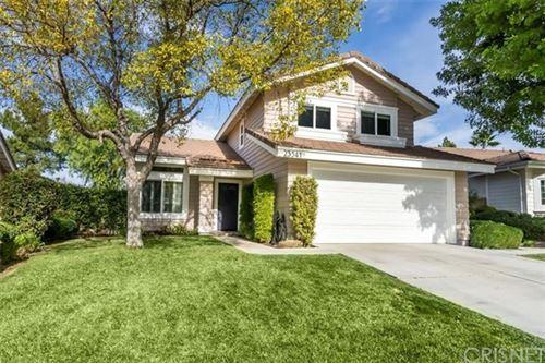 Photo of 23541 Chatfield Way, Valencia, CA 91354 (MLS # SR21013141)
