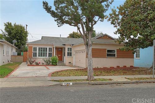 Photo of 11266 Woolford Street, Culver City, CA 90230 (MLS # SR21102141)