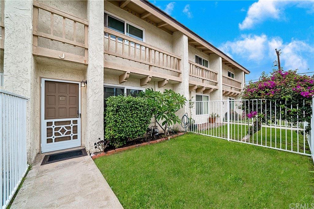 2569 Orange Avenue #J, Costa Mesa, CA 92627 - MLS#: OC21194142