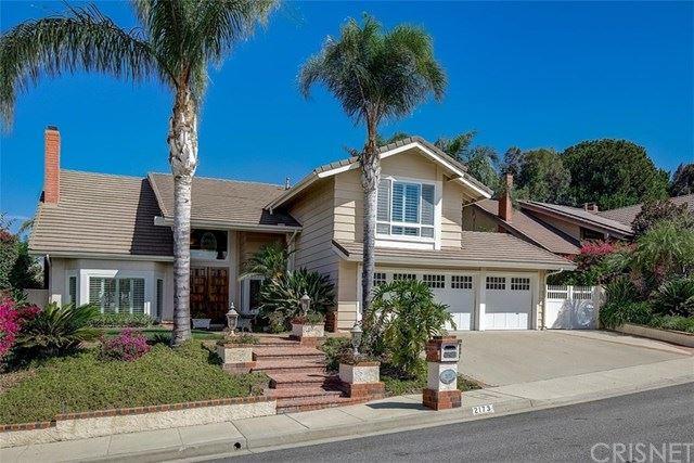 Photo of 2173 Calle Riscoso, Thousand Oaks, CA 91362 (MLS # SR20222142)