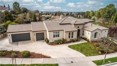 Photo of 816 Hacienda Circle, Paso Robles, CA 93446 (MLS # NS20062143)