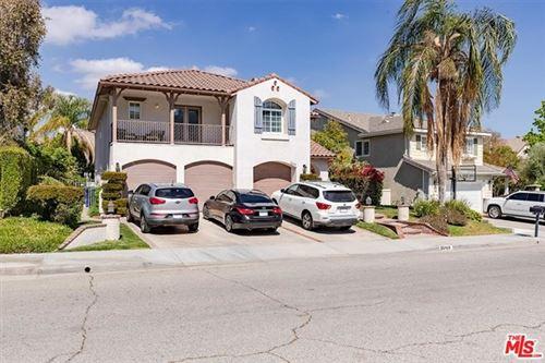 Photo of 26109 Forster Way, Stevenson Ranch, CA 91381 (MLS # 21724144)
