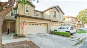 Photo of 334 Jefferson Dr, Brentwood, CA 94513 (MLS # 40887144)