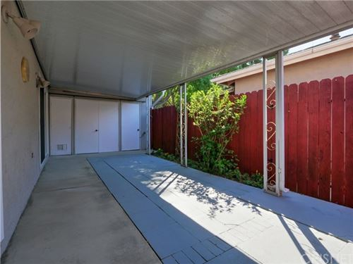 Tiny photo for 26812 Circle Of The Oaks, Newhall, CA 91321 (MLS # SR20095144)