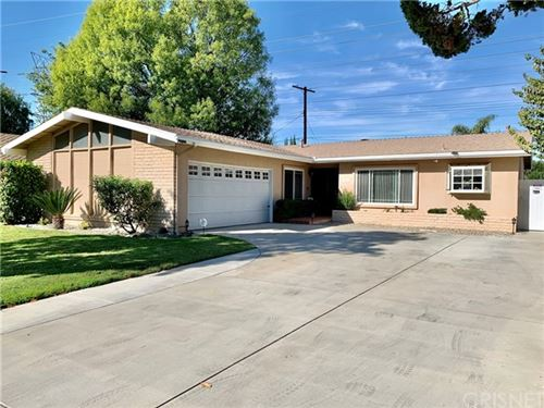 Photo of 9559 Geyser Avenue, Northridge, CA 91324 (MLS # SR20245144)