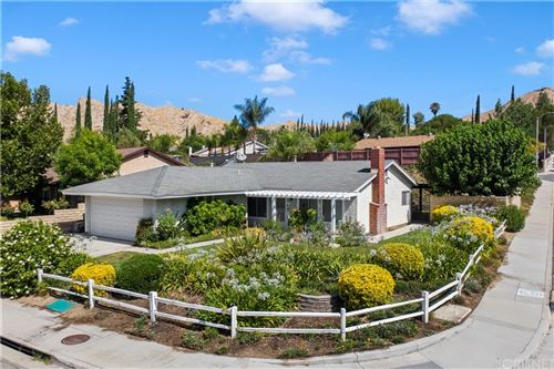 Photo of 30226 Jasmine Valley Drive, Canyon Country, CA 91387 (MLS # SR21162144)