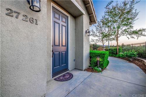 Photo of 27261 Riverview Lane, Valencia, CA 91354 (MLS # SR21220144)
