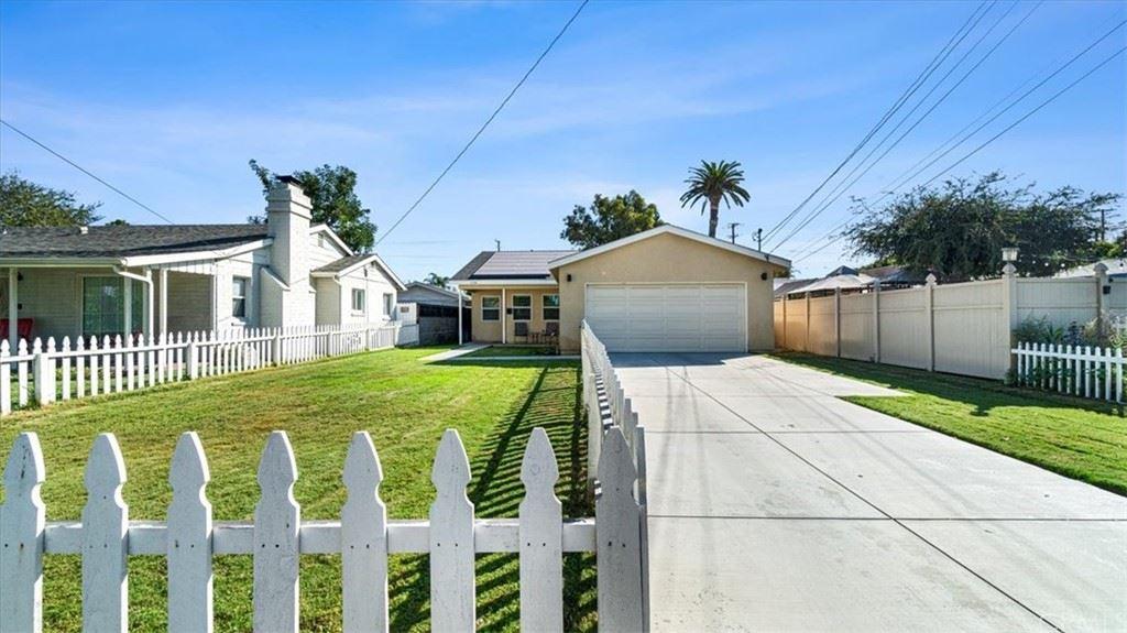 Photo of 114 N Orange Avenue, Fullerton, CA 92833 (MLS # IG21229144)