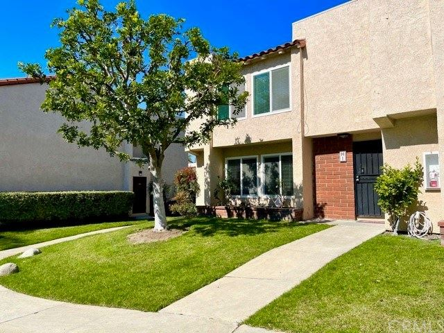 Photo of 700 W La Veta Avenue #H1, Orange, CA 92868 (MLS # PW21036144)