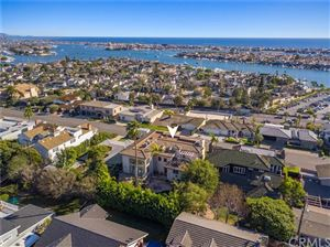 Photo of 810 Kings Road, Newport Beach, CA 92663 (MLS # NP18040145)