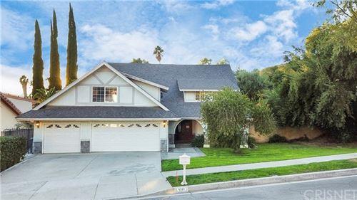Photo of 5311 Edgeware Drive, Calabasas, CA 91301 (MLS # SR20237145)