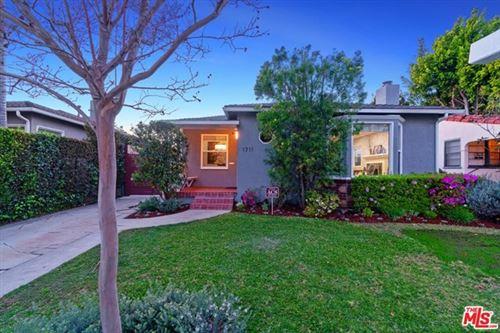 Photo of 1711 S Bedford Street, Los Angeles, CA 90035 (MLS # 21702146)