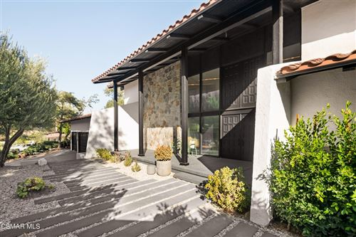 Photo of 1670 Elstow Court, Westlake Village, CA 91361 (MLS # 221005146)