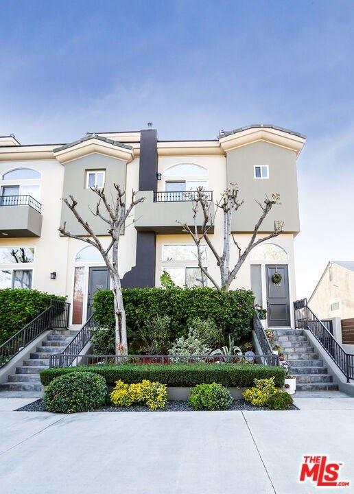 Photo of 4435 Colfax Avenue #112, Studio City, CA 91602 (MLS # 21717146)