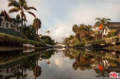 Photo of 306 S VENICE Boulevard, Venice, CA 90291 (MLS # 20546148)