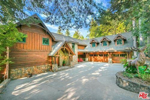 Photo of 29130 Bald Eagle, Lake Arrowhead, CA 92352 (MLS # 20635148)