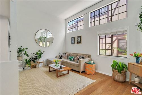 Photo of 3536 S Centinela Avenue #5, Los Angeles, CA 90066 (MLS # 21722148)