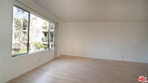 Photo of 887 Victor Avenue #7, Inglewood, CA 90302 (MLS # 21751148)