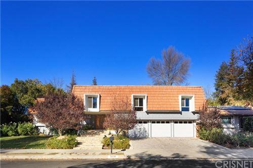 Photo of 5038 Orrville Avenue, Woodland Hills, CA 91367 (MLS # SR20260148)
