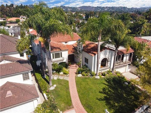 Photo of 10531 Edgeley Place, Los Angeles, CA 90024 (MLS # SR21187148)