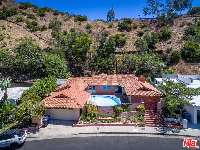 Photo of 2054 N Beverly Drive, Beverly Hills, CA 90210 (MLS # 20618148)