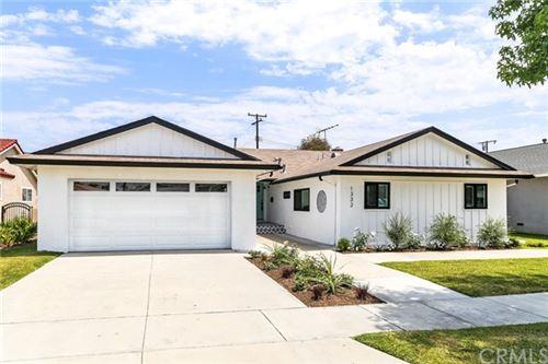 Photo of 1332 Conway Avenue, Costa Mesa, CA 92626 (MLS # OC21133149)