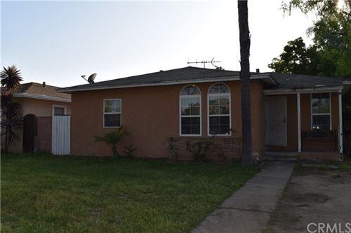 Photo of 1402 S Olive Street, Santa Ana, CA 92707 (MLS # PW20084149)