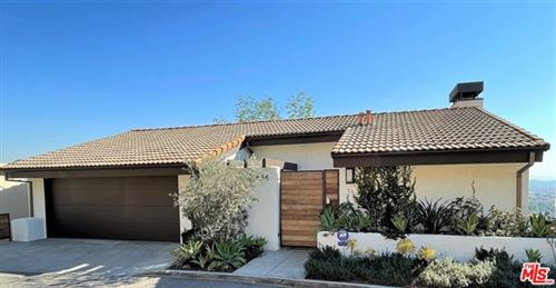 Photo of 856 Harrington Road, Glendale, CA 91207 (MLS # 21697150)
