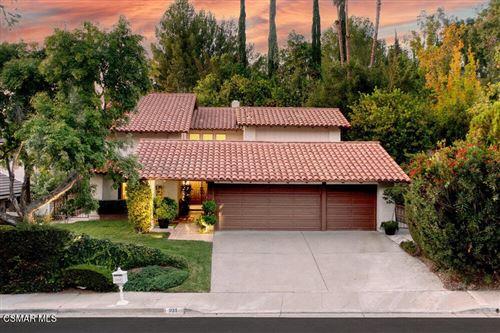 Photo of 931 Evenstar Avenue, Westlake Village, CA 91361 (MLS # 221005150)