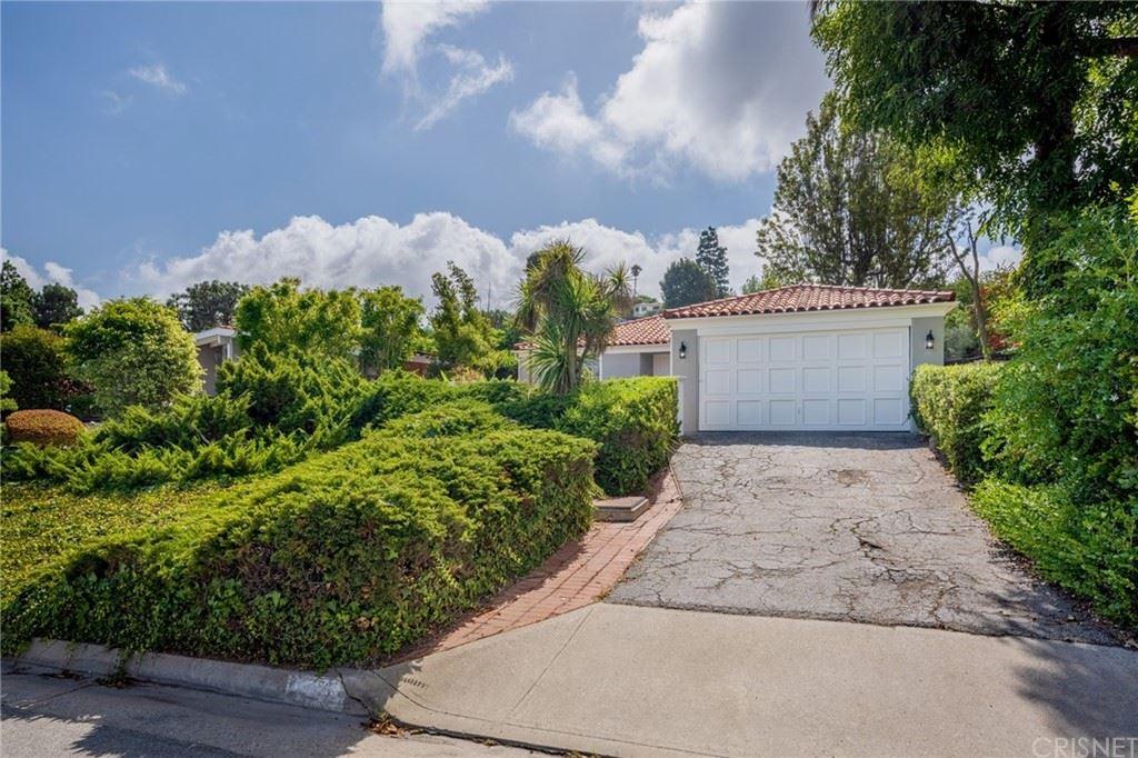 1556 Granvia Altamira, Palos Verdes Estates, CA 90274 - MLS#: SR21226150