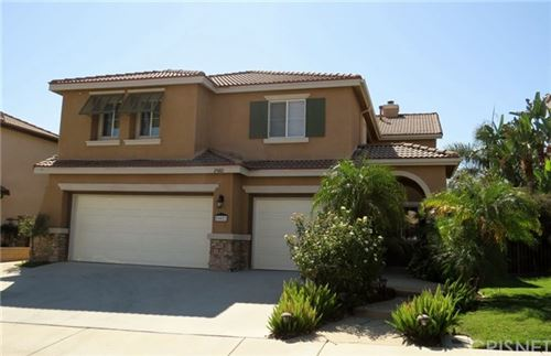 Photo of 29082 Madrid Place, Castaic, CA 91384 (MLS # SR20204151)