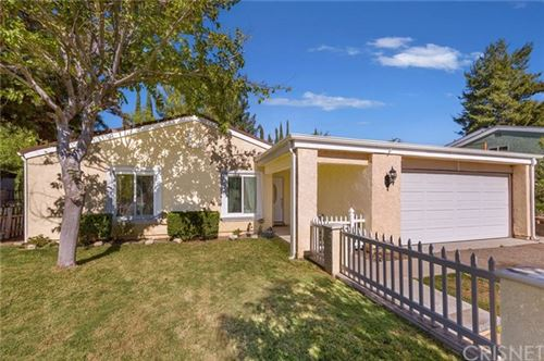 Photo of 20125 Keaton Street, Canyon Country, CA 91351 (MLS # SR20226151)