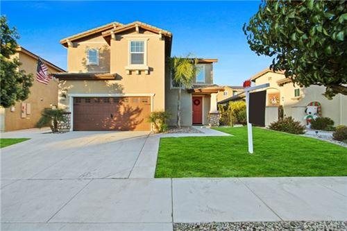Photo of 31584 Blossom Hill Court, Murrieta, CA 92563 (MLS # SW20248151)