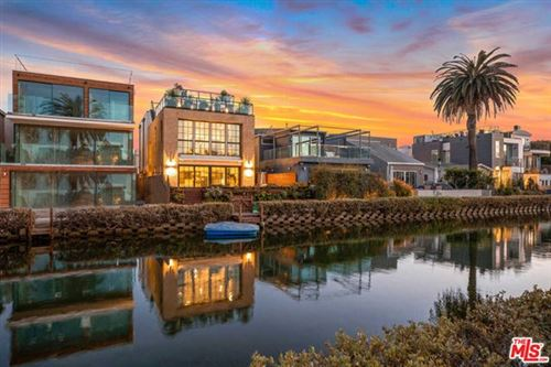 Photo of 232 Carroll Canal, Venice, CA 90291 (MLS # 21682152)