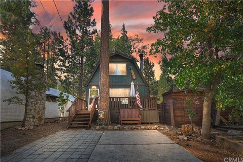 Photo of 42569 Willow Avenue, Big Bear, CA 92315 (MLS # EV21223152)