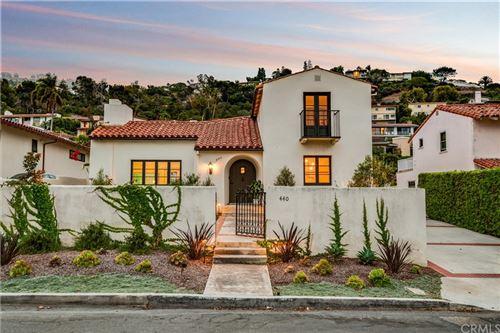 Photo of 440 Via Media, Palos Verdes Estates, CA 90274 (MLS # PV21203152)