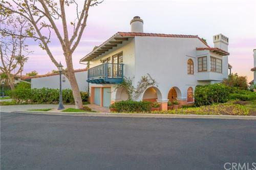 Photo of 3 Via La Cima, Rancho Palos Verdes, CA 90275 (MLS # SB20249152)