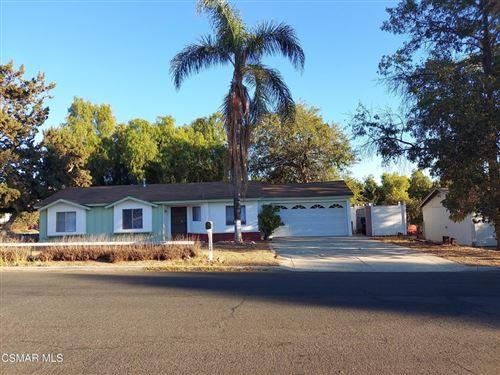 Photo of 1386 Calle Tulipan, Thousand Oaks, CA 91360 (MLS # 221005153)