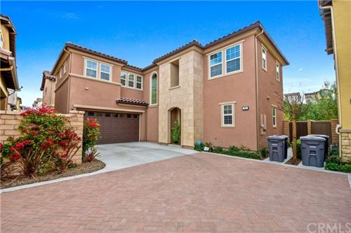 Photo of 41 Castellana, Lake Forest, CA 92630 (MLS # AR20090153)