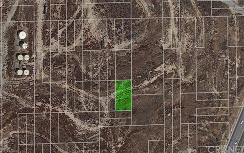 Photo of 0 Vacant Lot, Newhall, CA 91321 (MLS # SR21091153)