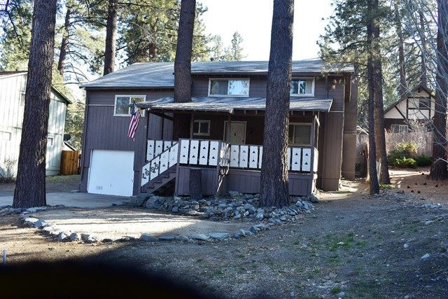 Photo for 1695 Twin Lakes Drive, Wrightwood, CA 92397 (MLS # 522153)