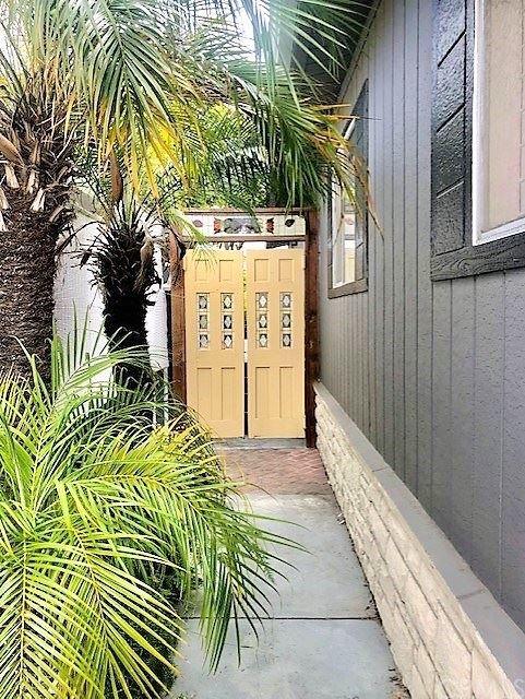 Photo of 262 Mayflower Drive, Newport Beach, CA 92660 (MLS # NP21097153)