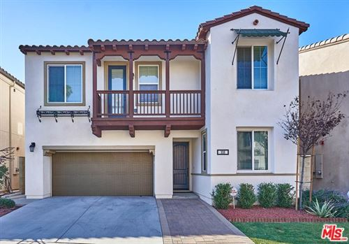 Photo of 326 E costera Court, Placentia, CA 92870 (MLS # 19518154)